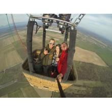ВИП полет с балон за двама 60-90 мин. от място по избор (цена на човек)